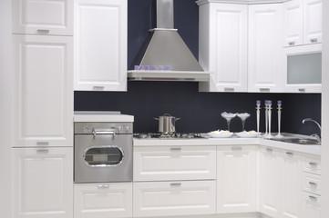 cucina moderna in un un'esposizione di mobili