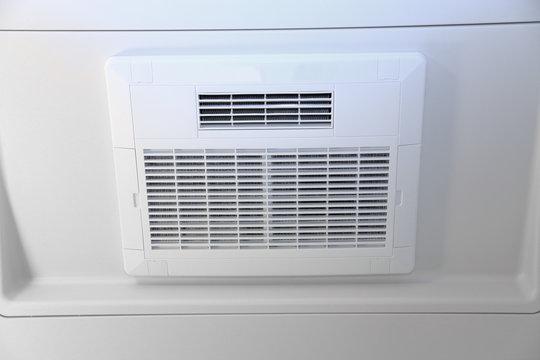 浴室換気扇 Bathroom ventilation fan