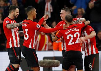 Premier League - Southampton v Everton