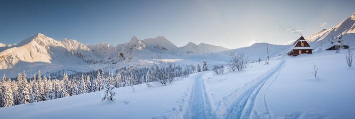 Fototapeta Hala Gasienicowa - Tatry, zima 01.2019