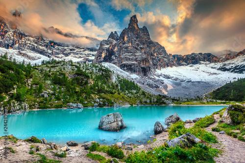 Wall mural Amazing alpine landscape with turquoise glacier lake, Sorapis, Dolomites, Italy
