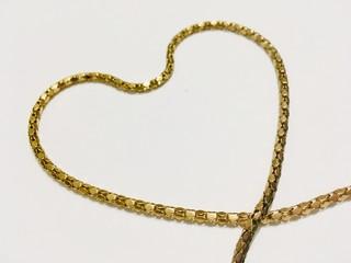 chain, heart, white background