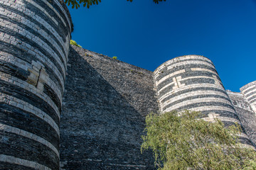 Angers, les remparts du château