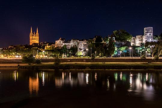 Cathédrale Saint Maurice et château de nuit Angers, Pays de la Loire, France