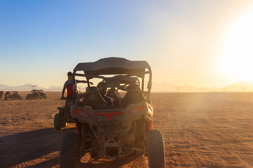 Safari trip through egyptian desert driving buggy cars