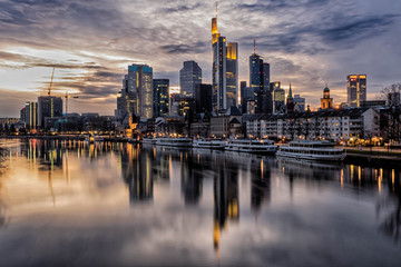 Frankfurt HDR Skyline Fototapete