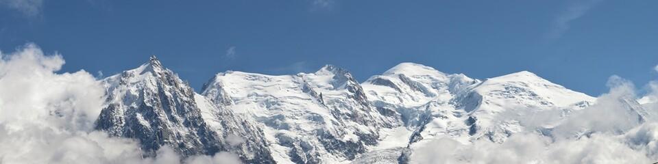 Le pic du midi et le Mont Blanc, Alpes, Savoie