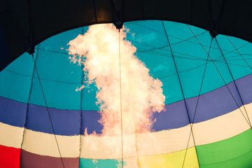 Foto op Aluminium Luchtsport The launch of the balloon, the burner flame.