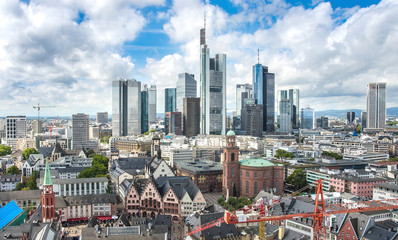 Fototapete - View of Frankfurt am Main skyline at dusk, Germany