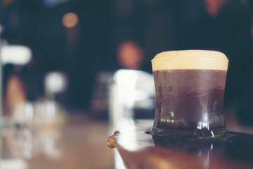 nitro cold brew coffee in cafe
