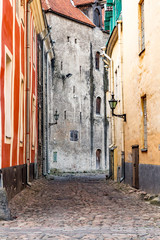 Europe, Eastern Europe, Baltic States, Estonia, Tallinn. Old town, cobblestone narrow street.
