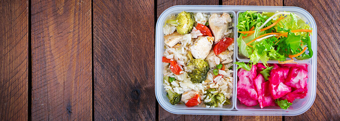 Fotobehang Assortiment Lunch box chicken, broccoli, green peas, tomato with rice and red cabbage. Healthy fitness food. Take away. Lunchbox. Banner. Top view