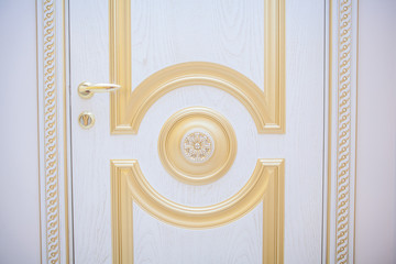 white wooden doors with baguettes