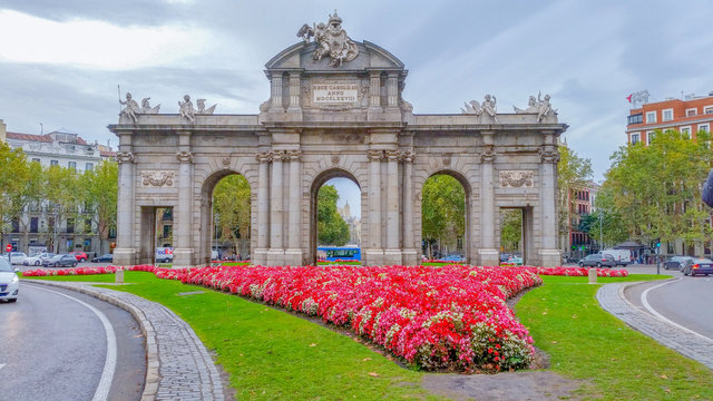 Puerta d'Alcala