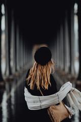 Fototapeta Parisienne sous les ponts de Paris