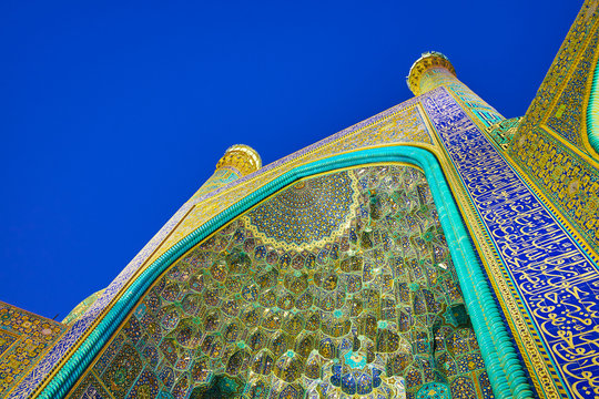The colorful decoration of Shah Mosque in Isfahan, Iran