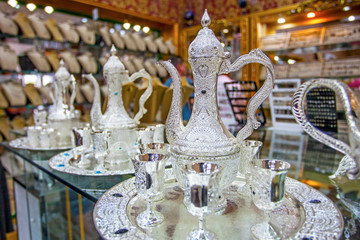 Papiers peints Moyen-Orient Silver pot in Egyptian market in Asia