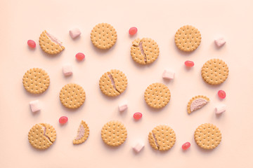 Papiers peints Biscuit Cookies and marshmallows flat lay