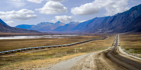 Dalton Highway (Haul Road) and Alaska Pipeline in the Brooks Range, Alaska