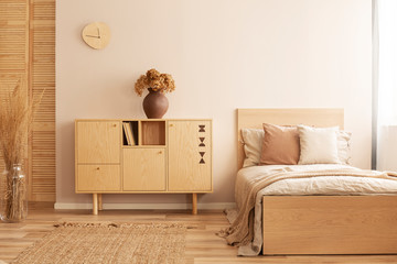 Bedroom for teenager in natural and rustic style