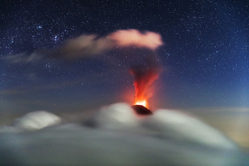 Erupting Volcano, el Fuego, Guatemala, 21.04.2018, xxl:bartussek.xmstore