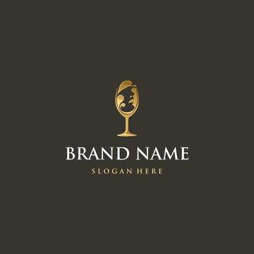 woman of wine premium logo