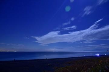 月光の下で~Under the moon light.