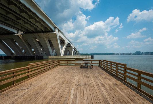 Pier and the Woodrow Wilson Bridge, at Jones Point Park, in Alexandria, Virginia