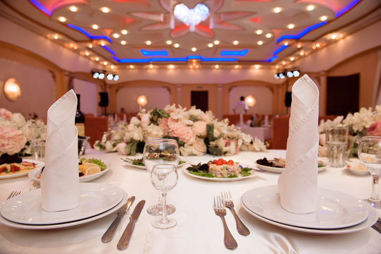 wedding banquet in a restaurant, party in a restaurant
