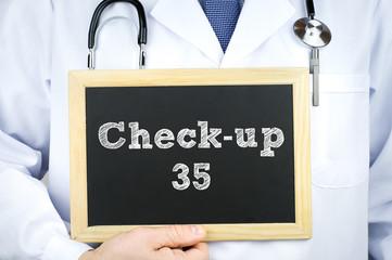 Gesundheits Checkup 35 - zum Arzt gehen zur Untersuchung