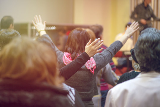 Christian congregation worship God together