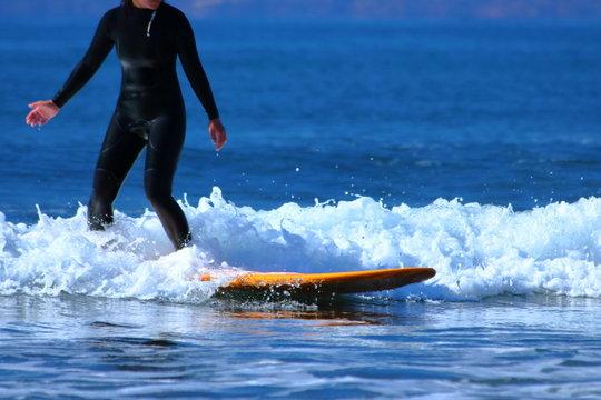サーフィンのイメージ