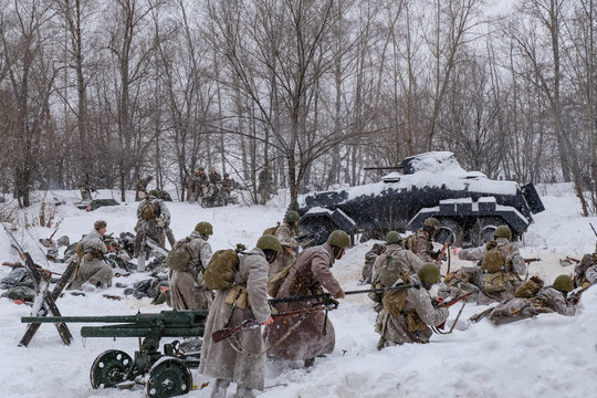 Soviet and German soldiers in winter reconstruction of World War 2, Battle for Voronezh rebellion