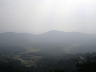 """""""Radschas Sitz"""": Aussichtsplattform in Madikeri in den Bergen von Kodagu / Südindien"""
