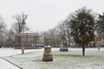 Garden park in Rennes to Thabor with snow, France