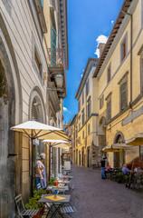 Mittags auf dem Corso Cavour in Orvieto