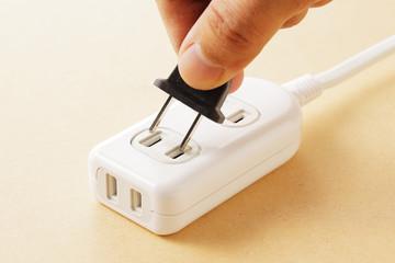 電源タップ multiple socket outlet