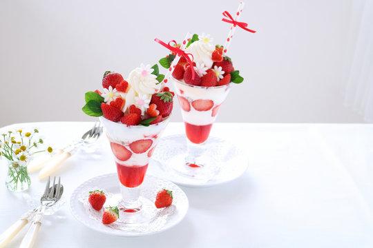 いちごパフェ バレンタインデー