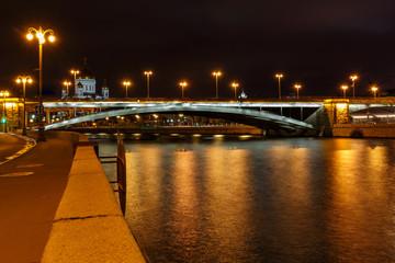 View of Bolshoy Kamenny Bridge above Moskva river at night