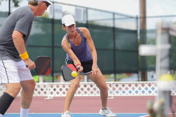 mixed doubles pickleball play