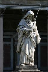 San Paolo, statua alla Basilica di San Paolo fuori le mura, Roma