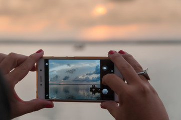 Sunset photography with a mobile