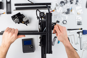 3d printer installation of a three dimensional printing building kit electronics technology hobby cooncept