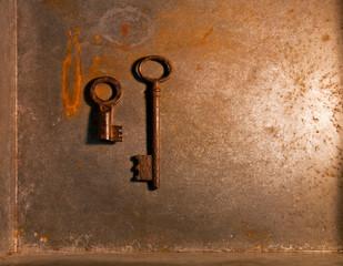 錆びた鍵 2個 アンバー