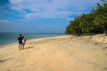 Praia em Gili     indonesia