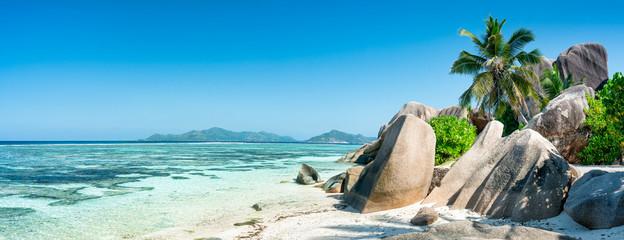 Seychellen Panorama als Hintergrund