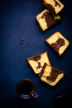 Marble cake slices and coffee