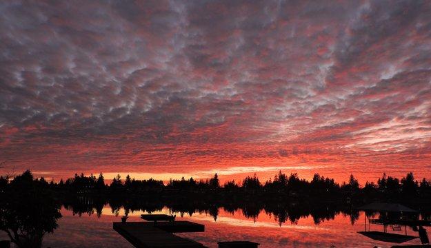 Intense Sunset on Lake Mreidian in Kent Washington 3
