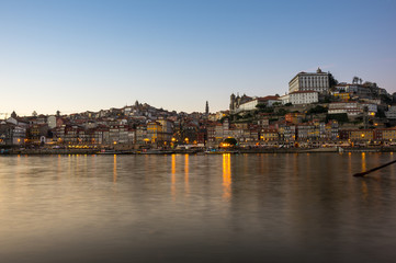 Wall Mural - Panoramic view of Porto on sunset