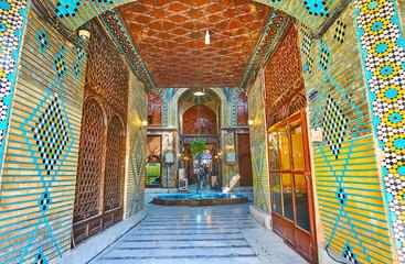 The passageway to Timche-ye Malek, Grand Bazaar, Isfahan, Iran